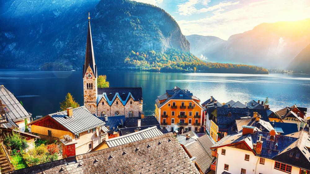 Du hí thị trấn cổ Hallstatt - di sản 7.000 năm của nước Áo - ảnh 1