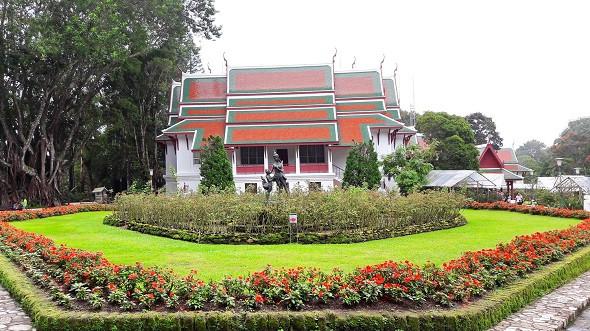 Lang thang Chiang Mai cuốn hút quên lối về - ảnh 1