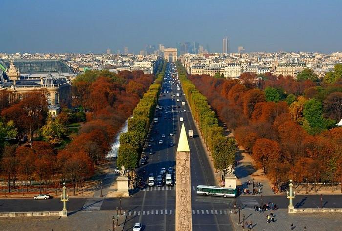 Check in đại lộ Champs-Elysees lừng danh của nước Pháp hoa lệ - ảnh 1